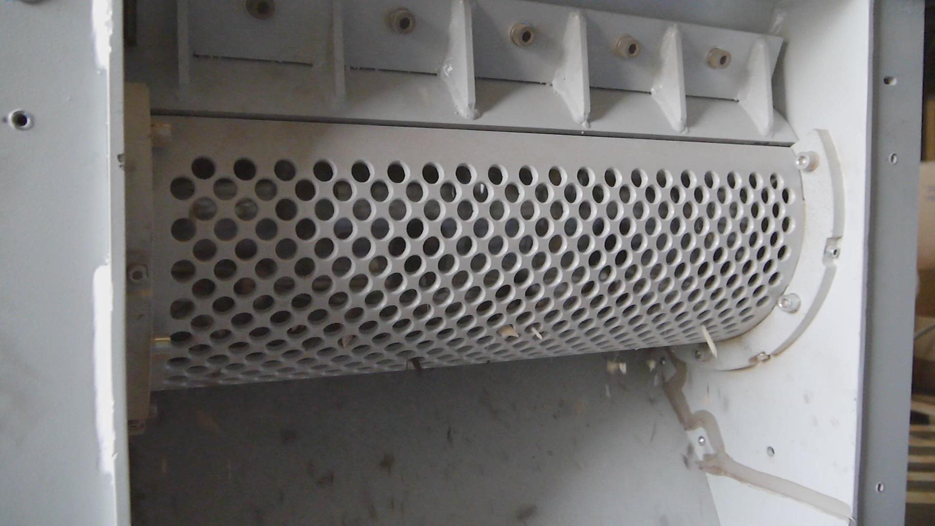 Perforiertes Gitter mit bedarfsgerechtem Ø - CO.MA.FER. Macchine SRL